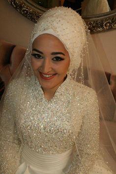 Lovely bridal hijab
