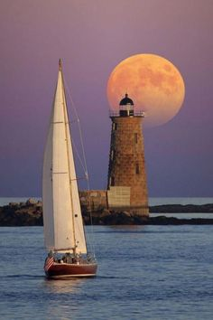 Lighthouse and sailboat Ciel Nocturne, Lighthouse Pictures, Am Meer, Jolie Photo, Water Crafts, Travel Posters, Land Scape, Travel Photography, Scenery
