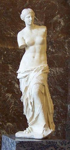 Ancient Greek Sculpture, Greek Statues, Ancient Greek Art, Ancient Greece, Angel Statues, Hellenistic Art, Greece Art, Famous Sculptures, Greek Mythology Art