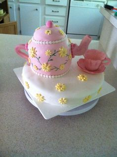 My first teapot cake! I made it for my moms 80th birthday.