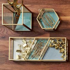 staples gold workspace desk organization merch gold desk organizers accessories diy Style Your Workspace with These Chic Office Supplies from Martha Cubicle Organization, Office Organization At Work, Gold Desk Accessories, Workspace Desk, Work Cubicle, Home Room Design, Design Desk, Library Design, My New Room