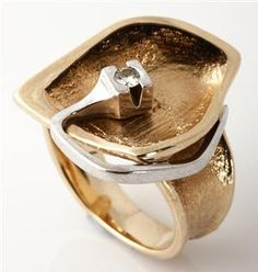 Ole Lynggaard. Ring 14 kt. gold white gold with a brilliant cut diamond