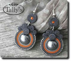 gray and terra cotta earrings Paper Quilling Jewelry, Paper Bead Jewelry, Paper Earrings, Paper Beads, Wire Jewelry, Beaded Jewelry, Jewelry Crafts, Soutache Necklace, Beaded Earrings