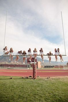 What a great idea for team photos! Portrait-Groups-Cheerleaders-Utah Wedding a… What a great idea for team photos! Portrait-Groups-Cheerleaders-Utah Wedding and Portrait Cheer Picture Poses, Cheer Poses, Picture Ideas, Cheer Coaches, Cheer Mom, Cheerleading Cheers, Cheer Hair, Cheer Team Pictures, Dance Team Pictures