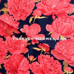 #peonies adorable & very rare in this size!! #pocketscarf #necktie for #Hermes #Paris titled Les #Pivoines by #frenchartist #ChristianeVauzelles Christiane Vauzelles looks very fresh & classy tied in cowboy knot to an all-black outfit adding charm to any gentleman . Available now as #Gavroche size 42cm in our online Hermes store http://forever-Hermes.com & eBay store #flowers #hermesfan #hermeslove #hermescarre #hermesparis #hermesscarf #hermesaddict #hermescollector #hermeslover…