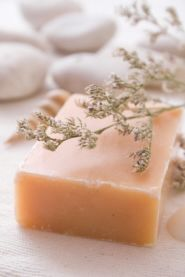 homemade soap...thinking of trying this sometime!