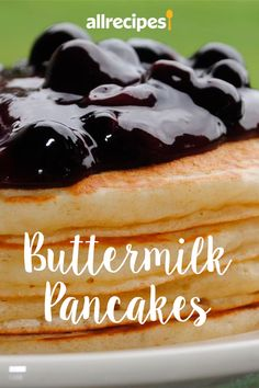 Fresh buttermilk is the secret ingredient for light and fluffy cakes in this buttermilk pancake recipe. Old Fashioned Pancake Recipe, Brunch Recipes, Breakfast Recipes, Buttermilk Pancakes, Breakfast Casserole, Casserole Recipes, Allrecipes, Waffles, Meals