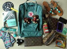 投稿《What's in your Kånken bag ?! 》徵件活動-by Nana H. 款式:Kånken classic霜綠色  說明: Kånken實在好揹又好看!已經有桃粉色的我又敗了一個難以入手的霜綠色,實在太開心了♡♡♡♡以後就請多多指教ね~
