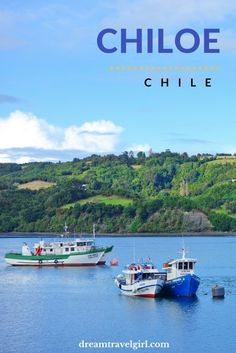 Chile travel: Chiloé, an island in the south of Chile near Patagonia, is a destination in South America with a unique culture, architecture and gastronomy. Highly recommended!