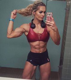 A picture of Evelien Nellen Van Pelt. This site is a community effort to recognize the hard work of female athletes, fitness models, and bodybuilders. Anyone is welcome to contribute. Strong Women, Fit Women, Fitness Models, Fitness Women, Female Fitness, Ripped Girls, Fitness Inspiration Body, Fitness Motivation Pictures, Weight Lifting Motivation