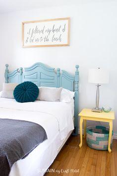 Beach themed bedrooms | Coastal style bedroom makeover | Beachy bedroom decor | Beach house decor on a budget | #coastalstyle #cottagedecor #beachthemedbedroom #beachbedroom