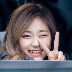 [171403][PIC] Winking into my heart . .  #tzuyu #twicetzuyu #twice #once #oneinamillion #cheerupbaby #TT #쯔위 #나연 #트와이스 #정연 #모모 #사나 #지효 #미나 #다현 #채영 #nayeon #Jeongyeon #momo #sana #jihyo #mina #Dahyun #chaeyoung#knockknock