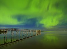 Northern lights on Lake Winnipeg, Manitoba. I spent hours on this pier as a child. Thanks to the amazing Mike Grandmaison for photographing it so wonderfully. Canada Eh, Visit Canada, Riding Mountain National Park, Lake Winnipeg, Places To Travel, Places To Visit, The Beautiful Country, Canada Travel, Vacation Spots