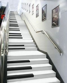 This would be perfect in a musicians home.... Piano Stairs