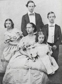 Little Princess Dagmar (later Tsarina Maria Feodorovna) with her sisters Alexandra and Thyra and her brothers Frederik and George.