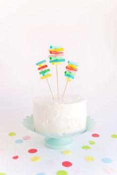DIY Straw Cake Topper
