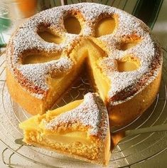 Birnenkuchen mit Mandeln Pear cake with almonds – smarter – time: 40 min. Nutella Recipes, Sweets Recipes, Baking Recipes, Cake Recipes, Oktoberfest Food, Almond Cakes, French Pastries, Sweet Tarts, Pastry Cake