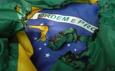 Bandeira do Brasil Rasgada ? - http://www.facebook.com/photo.php?fbid=593026007384345=a.361147983905483.84988.100000308549354=1 - 179762_593026007384345_485044413_n.jpg (535×335)