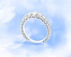 Anello Eternity Recarlo , oro bianco e diamanti puri ! www.gioielleriarosati.com
