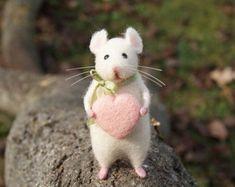Needle felt miniature Felt mouse Needle felt mouse by DidiDaydream