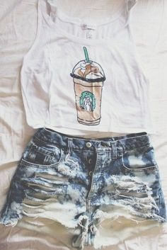 With high waisted shorts vintage hipster, bikinis, starbucks shirt, starbuc Cute Summer Outfits, Spring Outfits, Casual Outfits, Outfit Summer, Grunge Outfits, Dress Summer, Teen Fashion, Love Fashion, Fashion Outfits