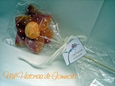 Brochetas chuches / gominolas / naranja / flor / bautizo / boda / comunion Candy Gifts, Marshmallow, Baby Shower, Sweet, Ideas, Flower, Treats, Bonbon, Marshmallows
