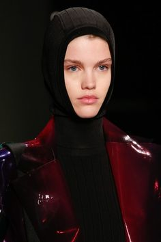 3404cab6b04 Lanvin Fall 2018 Ready-to-Wear Collection - Vogue
