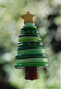 Button - Chrismas Trees - could be cute as small ornaments.