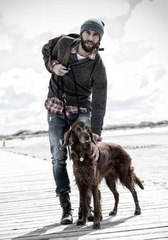 Love this, the casual style, Michael would look hot in this! With that dog too. And that beach.