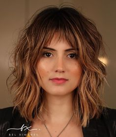 Hairstyles With Bangs Shoulder-Length Hairstyle With Shaggy Layers.Hairstyles With Bangs Shoulder-Length Hairstyle With Shaggy Layers Medium Hair Cuts, Short Hair Cuts, Medium Hair Styles, Curly Hair Styles, Medium Curly, Medium Layered, Bangs With Medium Hair, Medium Long, Shaggy Medium Hair