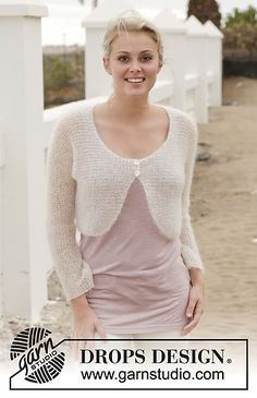 Women - Free knitting patterns and crochet patterns by DROPS Design Shrug Knitting Pattern, Knit Shrug, Sweater Knitting Patterns, Knitting Designs, Free Knitting, Capelet, Drops Design, Drops Patterns, Shawl Patterns