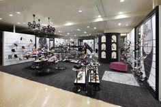 Фешенебельный бутик женской обуви Mirada Royal в Киото, Япония