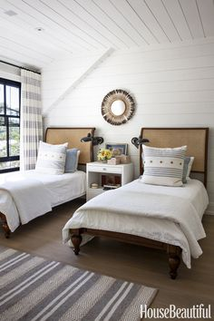 Canadian Lake House: Vintage Beds