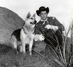 a další psí filmová hvězda, Rin Tin Tin