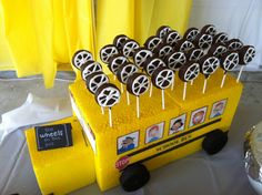 """""""Wheels"""" on the bus: Chocolate covered Oreo pops"""