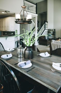 Jonathan Steinitz Interior Design - New Albany Kitchen Table