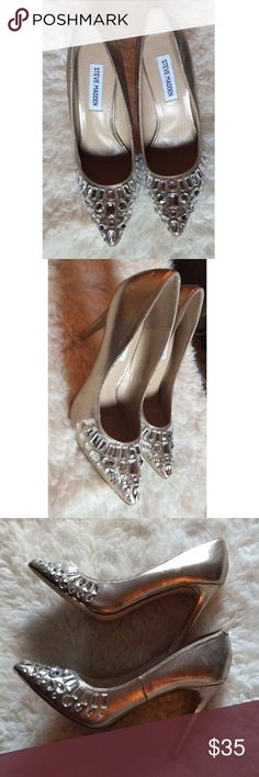 "~Platinum Steve Madden Pumps~ Dazzling metallic tone heels with rhinestone encrusted point toe. Demi-gloss PU upper with minor scuffs/signs of wear. In overall good condition. Very girly and nice to wear during special occasions. 4.5"" covered heel Steve Madden Shoes Heels"