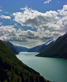 Summer days in the fjords, Sognefjord, Norway (by acheron0).