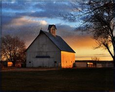 Old Barn with Sunset | Sunset Ridge~Old Barn.. | Barns and Country Life