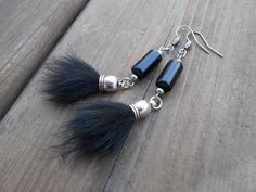 Boucles d'oreilles perles tubes obsidiennes par NoiRNoiReCollection