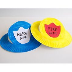 Newest Free community helpers preschool crafts Strategies This site possesses SO MANY Children crafts that are suitable for Preschool and also Tots. I guess it's time occasio Community Helpers Lesson Plan, Community Helpers Activities, Preschool Lessons, Preschool Crafts, Kindergarten Art, Safety Crafts, Police Crafts, Eyfs Activities, Transportation Activities