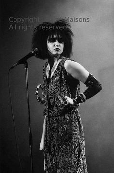Siouxsie Sioux - Siouxsie and the Banshees - London 1983 - copyright Louise Maisons - All rights reserved via Etsy