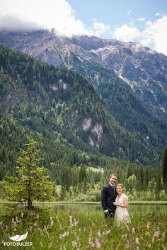 Hochzeit Lisa Alm Flachau – Lisa & Rob - Foto Sulzer Blog Lisa, Mountains, Nature, Travel, Pictures, Engagement, Pretty Pictures, Nice Asses, Simple