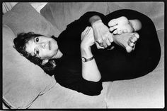 NEW YORK - AUGUST 28: American actress, novelist and screenwriter Carrie Fisher poses for a portrait on August 28,1987 in New York City, New York. (Photo by Catherine McGann/Getty Images) via @AOL_Lifestyle Read more: http://www.aol.com/article/entertainment/2016/12/27/actress-carrie-fisher-dead-at-60/21642781/?a_dgi=aolshare_pinterest#fullscreen
