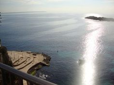 First line property with direct sea and beach access in IIletas