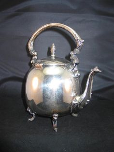 ***SOLD*** Vintage Art Noveau Round Silverplate Teapot Rare Shape Footed Sheridan Victorian