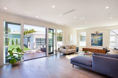 Warm Contemporary In Kentwood 7826 Agnew Ave Los Angeles, CA 90045