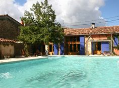 http://www.gitesforsalefrance.com/images/090_4.jpg Great pool with this 2-gite complex in the Tarn