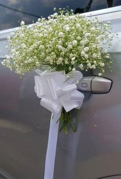 Wedding Car Door Decoration With Flowers