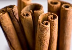 Cinnamon for Hypertension                                                 A little bit of cinnamon helps your blood flow and improves the way insulin and sugar move through your bloodstream. Overall, it can help lower your blood pressure, so add a dash to your coffee, applesauce or hot cereal. Even just a sprinkle a day will make a difference. Or brew tea using cinnamon sticks.